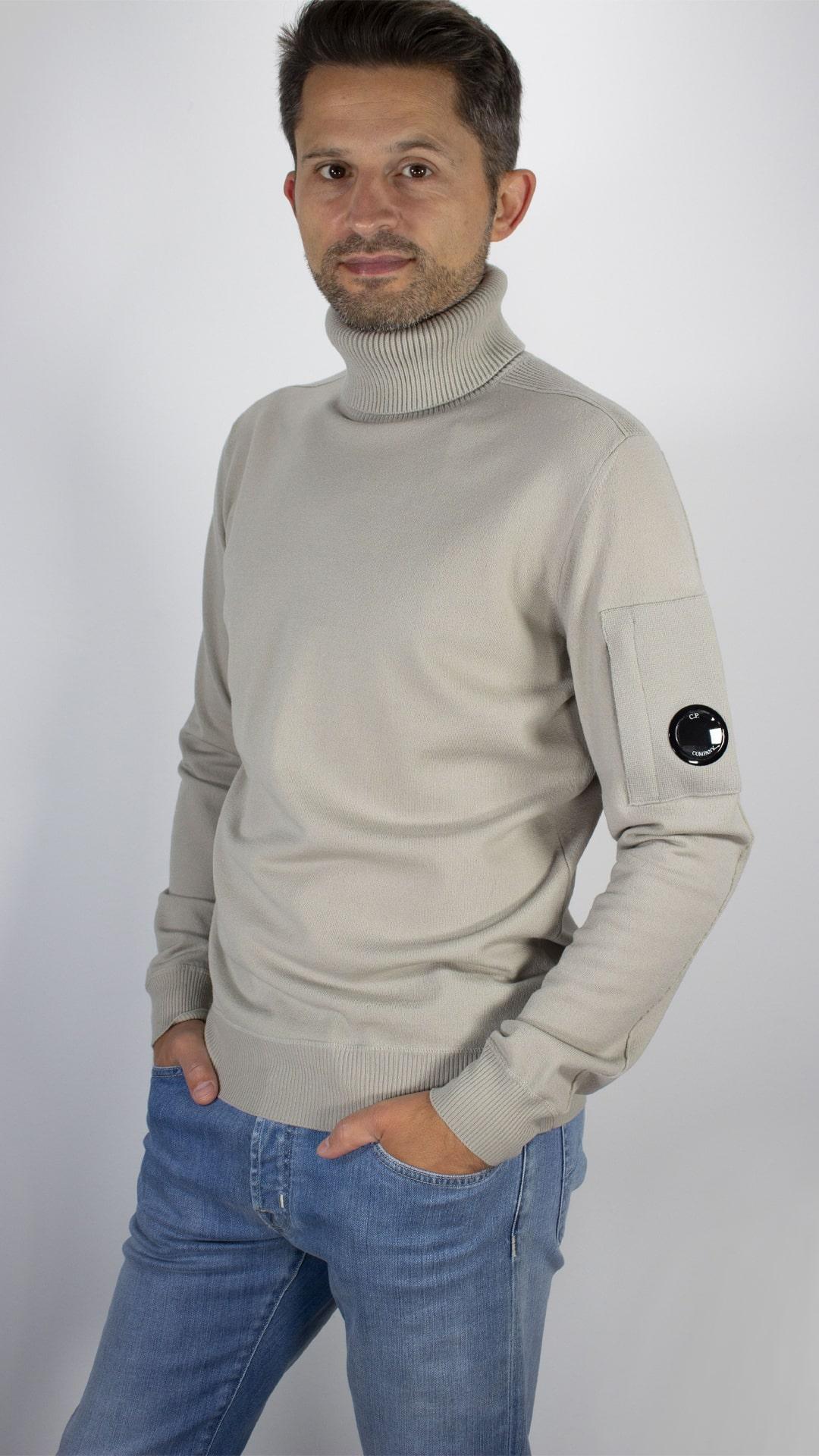 rolli-pullover-cp-company-cp-companypullover-wollpullover-rollkragen-herrenpullover-herbstpullover-herrenmode-bilger-exclusiv-trossingen-min
